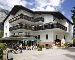 Photo of Hotel Surpunt Flims