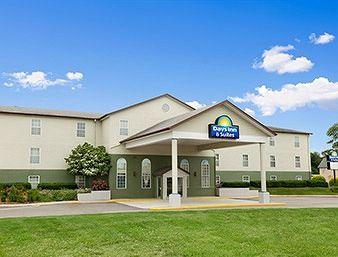 Photo of Days Inn & Suites Grandville