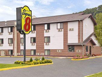 Super 8 Bath - Hammondsport