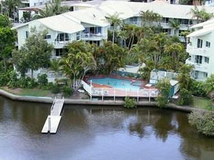 Photo of Surfers Del Rey Apartments Surfers Paradise