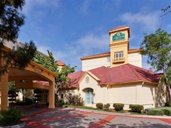 ‪La Quinta Inn & Suites Fremont / Silicon Valley‬