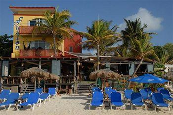 Photo of Fusion Hotel Playa del Carmen