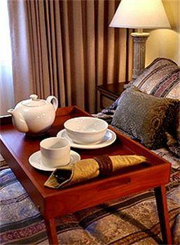 Suites at Fisherman's Wharf
