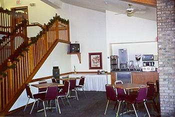 AmericInn Lodge & Suites Menomonie