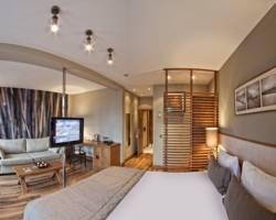Triada Residence & Boutique Hotel