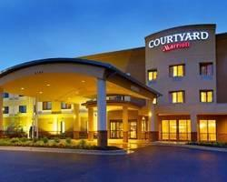 ‪Courtyard by Marriott Waldorf‬