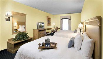 Hampton Inn &amp; Suites Jacksonville-Deerwood Park