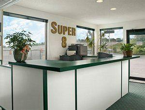 Super 8 Branson/South