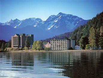 ‪Harrison Hot Springs Resort & Spa‬