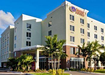 ‪Comfort Suites Miami Airport North‬