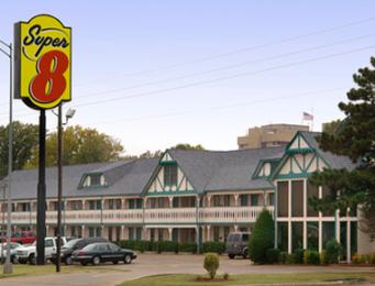 ‪Super 8 Bartlesville‬