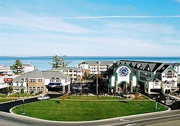 Photo of Clarion Hotel Beachfront Mackinaw City