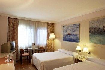 Photo of Hotel Urpi Sabadell