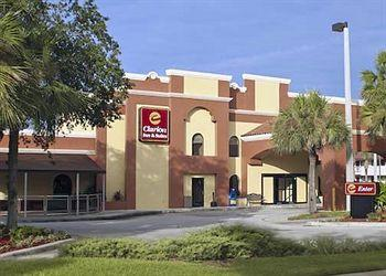 Photo of Clarion Inn & Suites At International Drive Orlando