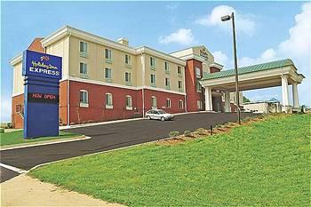 Holiday Inn Express Hotel & Suites Commerce-Tanger Outlets