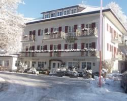 Photo of Hotel Gasthof Weiherbad Villabassa