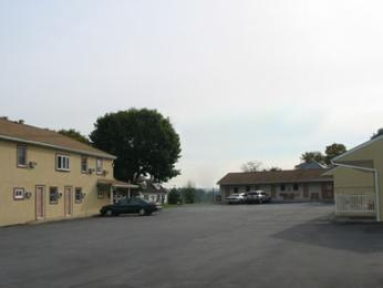 Photo of Red Carpet Inn Ronks