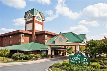 ‪Country Inn & Suites Atlanta-NW at Windy Hill Rd & Cobb Galleria‬