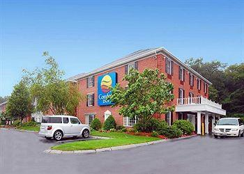 Photo of Comfort Inn Foxboro