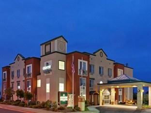 Photo of Country Inn & Suites by Carlson - San Carlos
