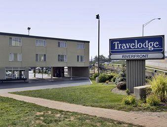 Newport Riverfront Travelodge
