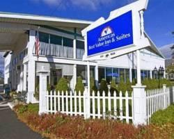 ‪Americas Best Value Inn & Suites / Hyannis‬
