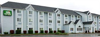 ‪GuestHouse Inn & Suites Elma‬