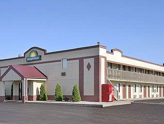 Days Inn - Fort Wayne