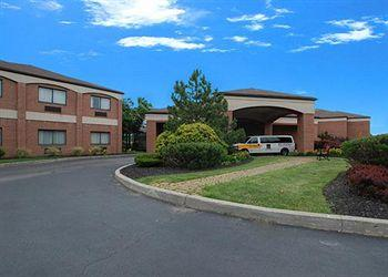 Photo of Comfort Suites Buffalo Cheektowaga