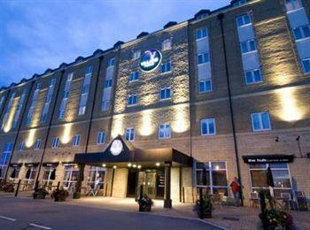 De Vere Village Hull