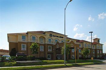 ‪BEST WESTERN PLUS Katy Inn & Suites‬