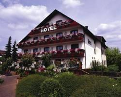 Hotel zur Moselbrucke