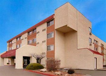 Photo of Quality Inn & Suites Downtown Albuquerque