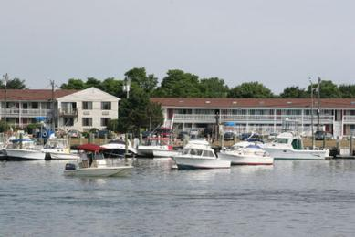 InnSeason Harborwalk Resort