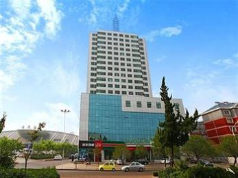‪GreenTree Inn Rizhao Railway Station Express Hotel‬