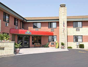 Days Inn Lambeau Field