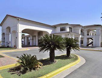 Photo of Super 8 Motel - Weslaco