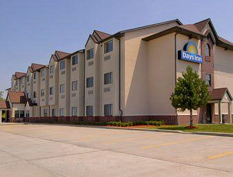 Days Inn Kansas Speedway