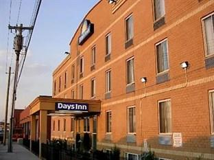 Days Inn JFK Airport