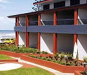 Lennox Point Holiday Apartments