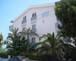 Hotel Lunay