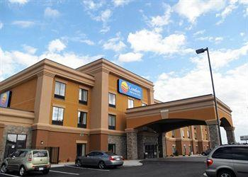Comfort Inn & Suites Fort Camp