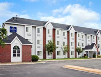 ‪Microtel Inn & Suites by Wyndham Appleton‬