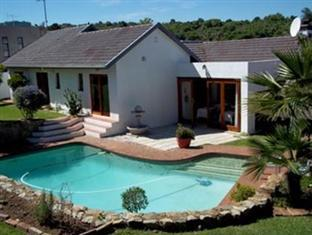 Mizizi House of Sandton Bed & Breakfast