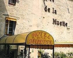 Photo of Logis Hotel de la Muette Arles