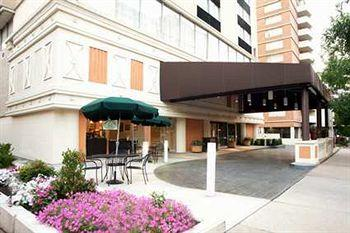 Photo of DoubleTree by Hilton Hotel - Richmond Downtown
