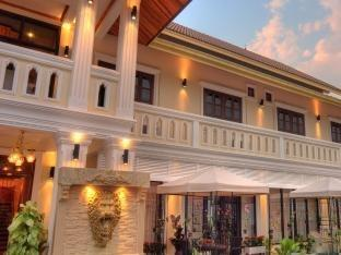 Photo of Hotel De Lyon Luang Prabang