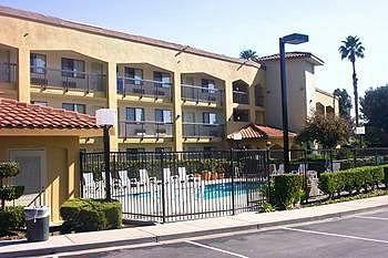 BEST WESTERN PLUS Pleasanton Inn