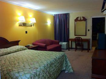 Budget Inn Charlotte