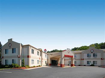 Photo of BEST WESTERN PLUS New England Inn & Suites Berlin